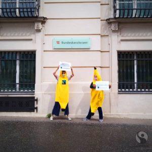 Fairtrade-Bananen vor BKA