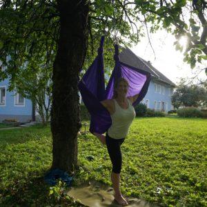 Aerial Yoga: Steffi